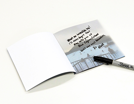 Add a custom message to your photobook.
